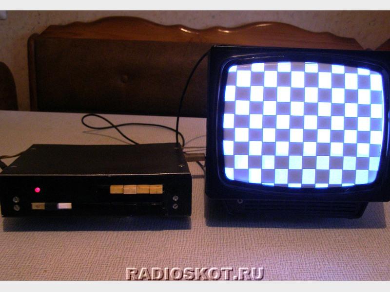 генератора сигналов для настройки монитора