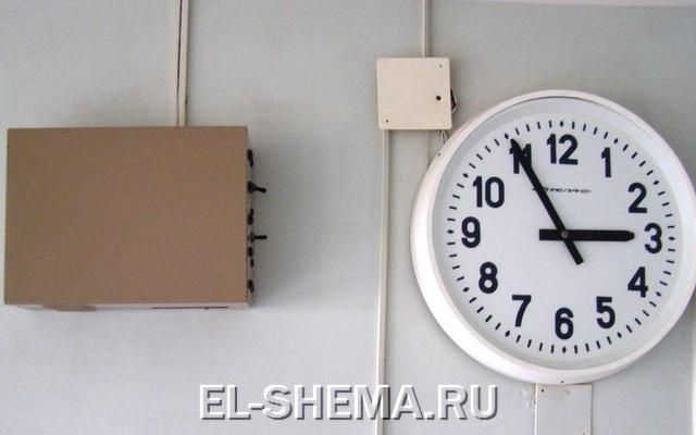 Усилитель импульсов первичных часов в школу своими руками.