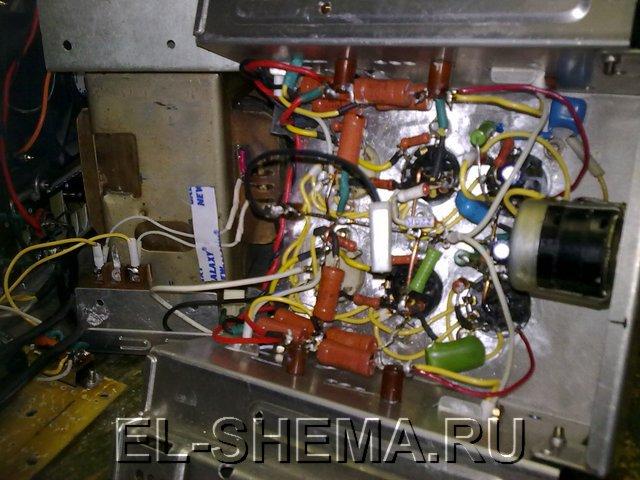 монтаж усилителя на лампах 6П14П и 6Н2П.