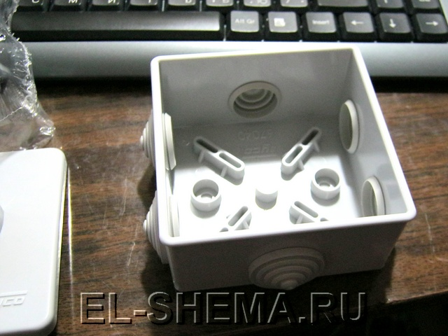 Простое тиристорное зарядное устройство Схема описание
