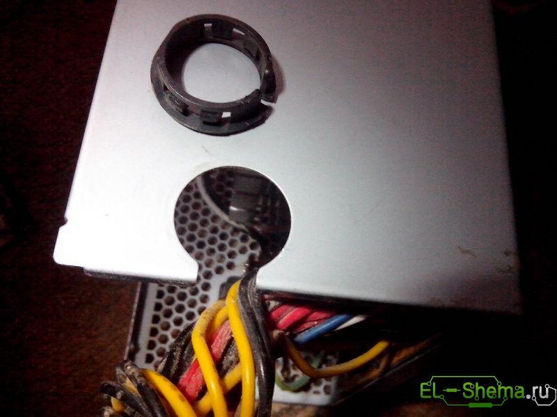 провода фиксируются пластиковыми зажимами-замками